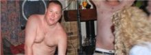 Pillan a Mike Ashley, presidente del Newcastle, desnudo y de fiesta
