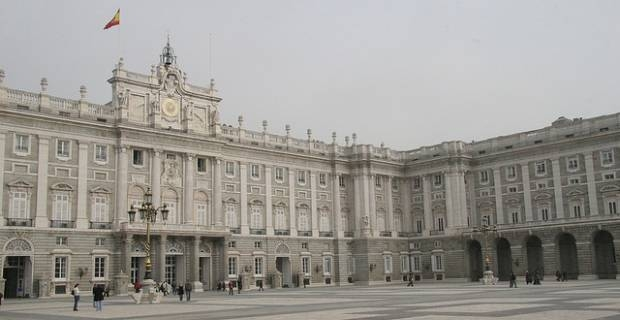 la casa real de espana pictures to pin on pinterest